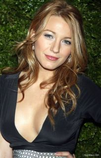 Blake Livelyparents on Who Is Blake Christina Lively     Kterrl   S Video Favorites