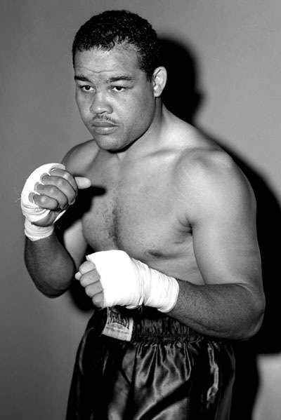 a biography of joseph louis barrow a world heavyweight boxing champion James joseph gene tunney (may 25, 1897 – november 7, 1978) dying in 1971, while gene would become famous as a world heavyweight boxing champion.
